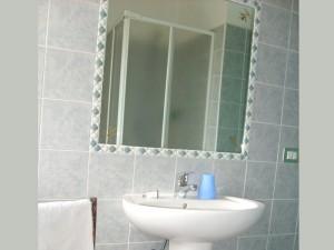 Bagno con Box Doccia - Appartamento Vista Mare