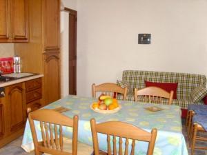 Cucina con Divano Letto - Appartamento Vista Mare